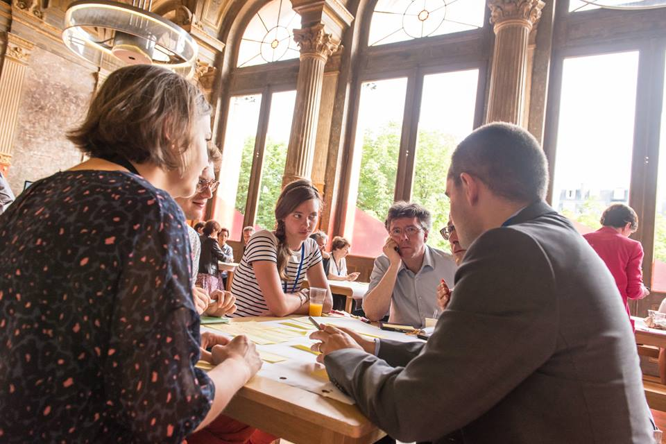 La Poste workshop - Futur en Seine 2015 by Dan Taylor / Heisenberg Media